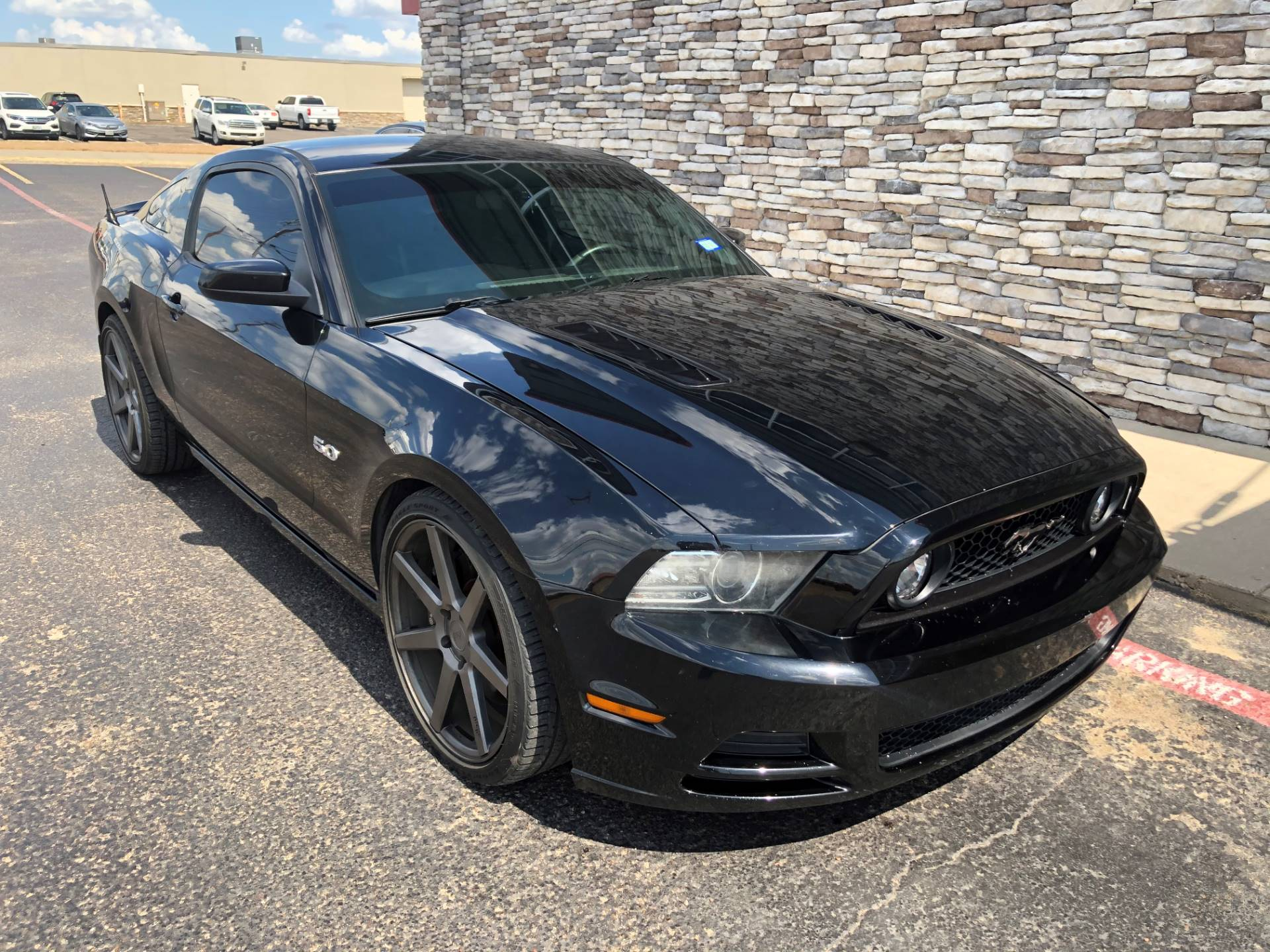 2013 Ford mustang in Waco, Texas - Photo 2
