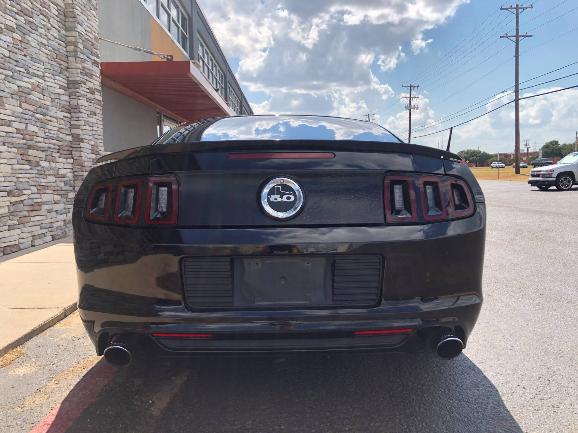 2013 Ford mustang in Waco, Texas - Photo 5