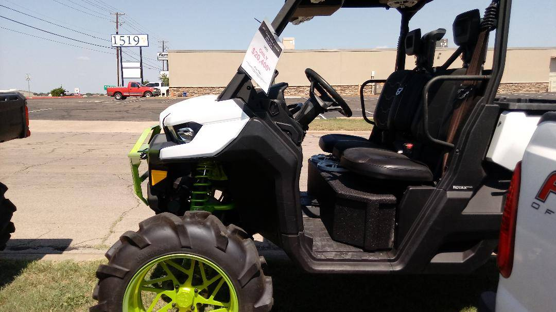 2017 Can-Am HD10 XT in Waco, Texas