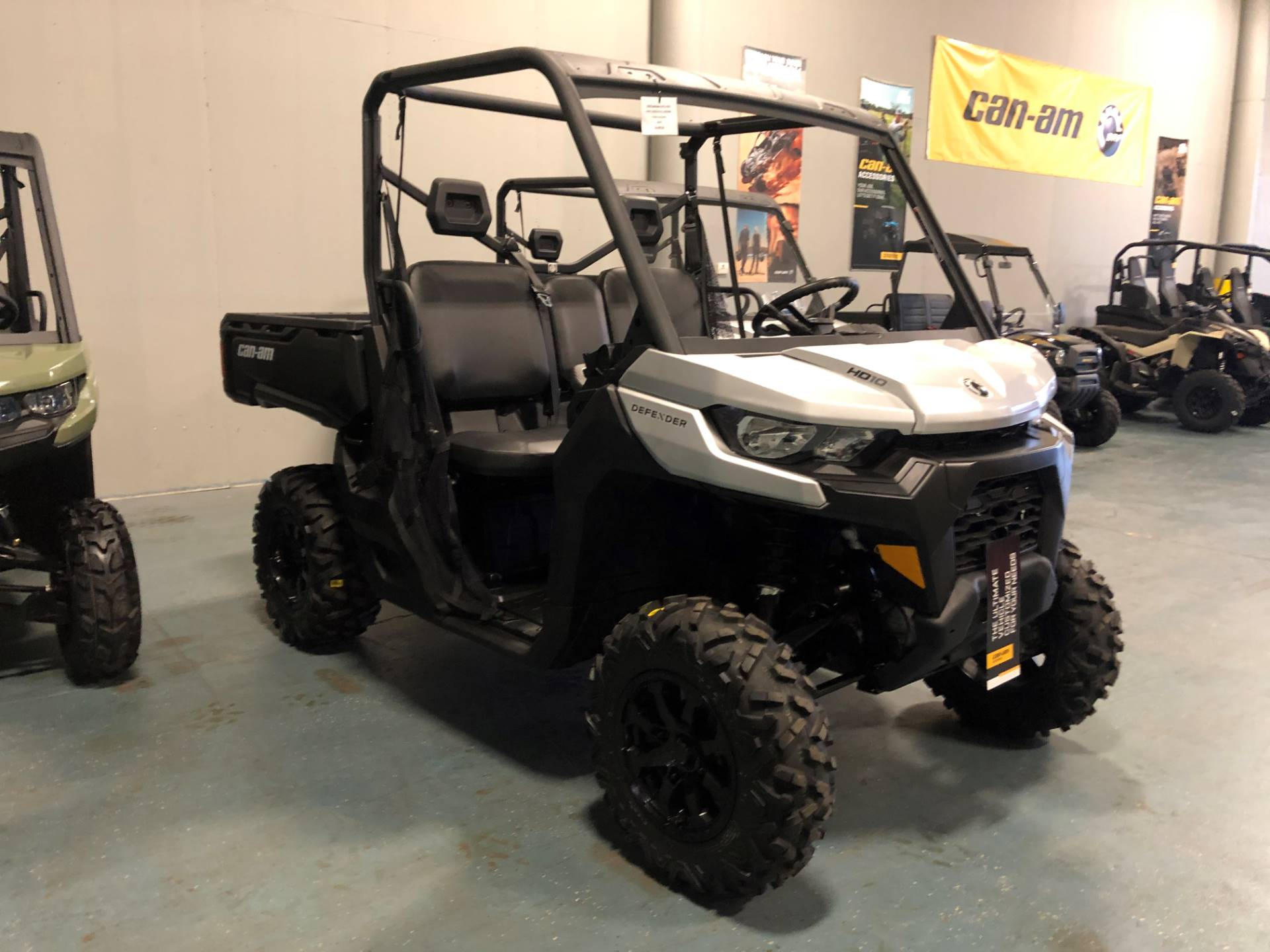 2020 Can-Am Defender DPS HD10 in Waco, Texas - Photo 3