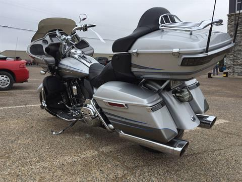 2016 Harley-Davidson CVO™ Road Glide™ Ultra in Waco, Texas