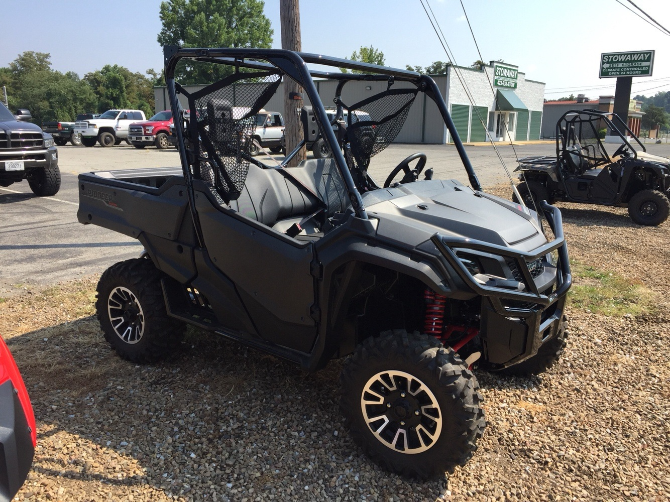 2017 Honda Pioneer 1000 LE in Greeneville, Tennessee