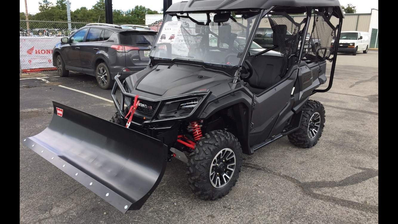 2018 Honda Pioneer 1000-5 LE in Greeneville, Tennessee