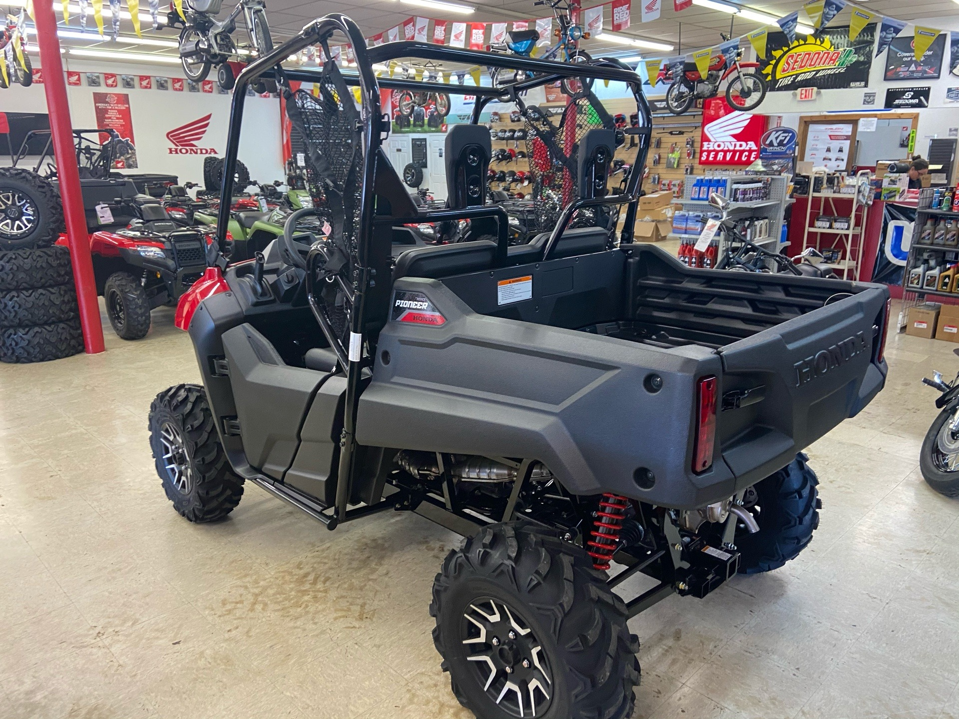 2021 Honda Pioneer 700 Deluxe in Greeneville, Tennessee - Photo 4