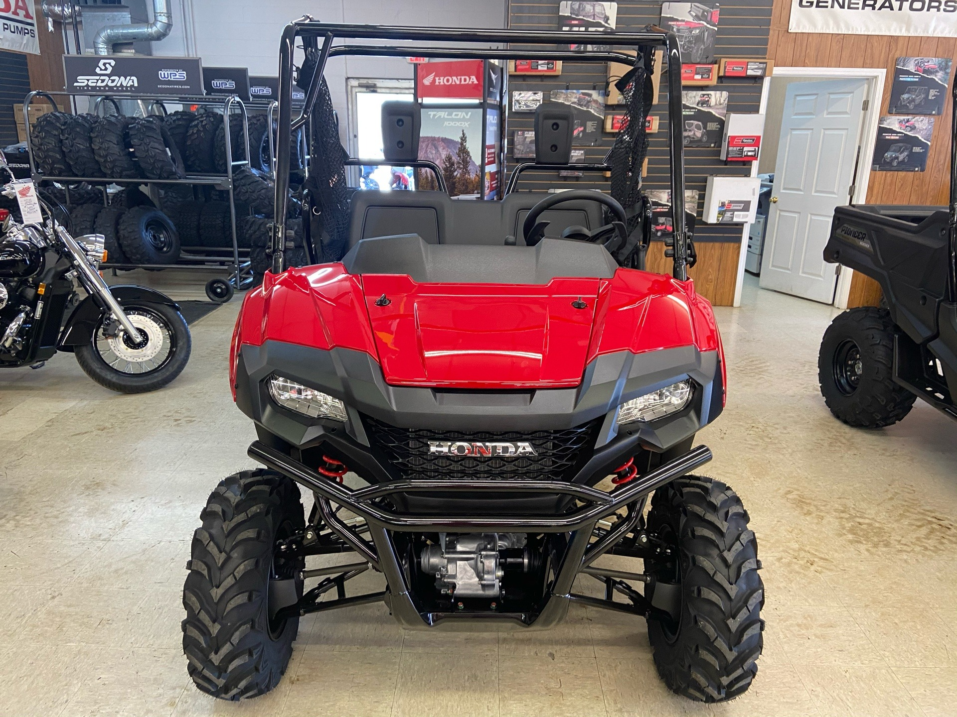 2021 Honda Pioneer 700 Deluxe in Greeneville, Tennessee - Photo 2