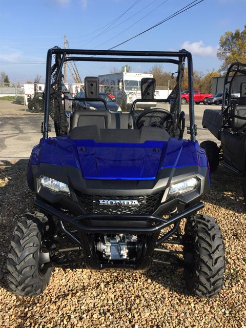 2017 Honda Pioneer 700 Deluxe in Greeneville, Tennessee