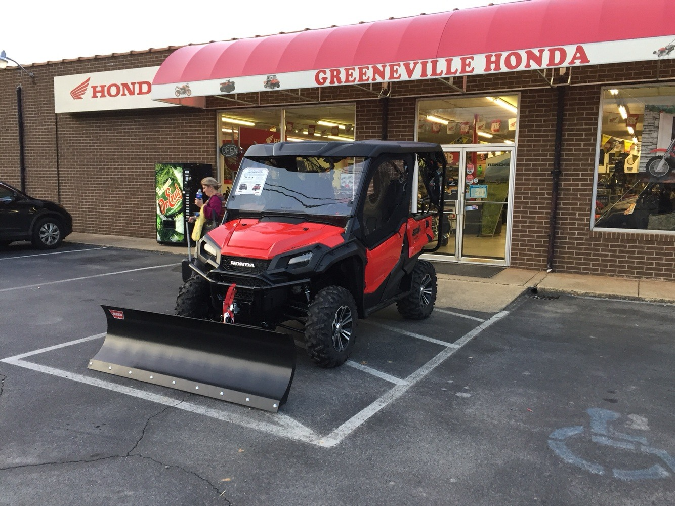 2018 Honda Pioneer 1000-5 Deluxe in Greeneville, Tennessee - Photo 5