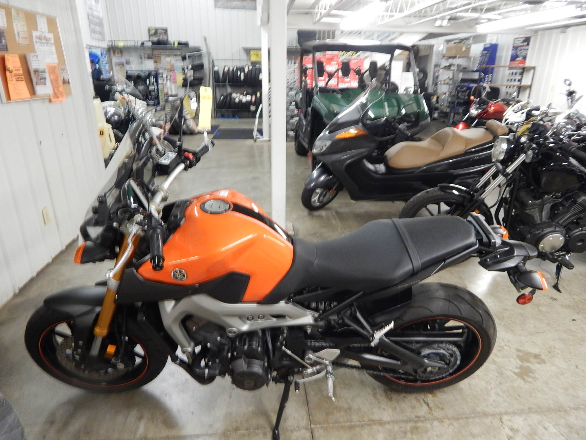 2014 Yamaha FZ-09 in Carroll, Ohio - Photo 2