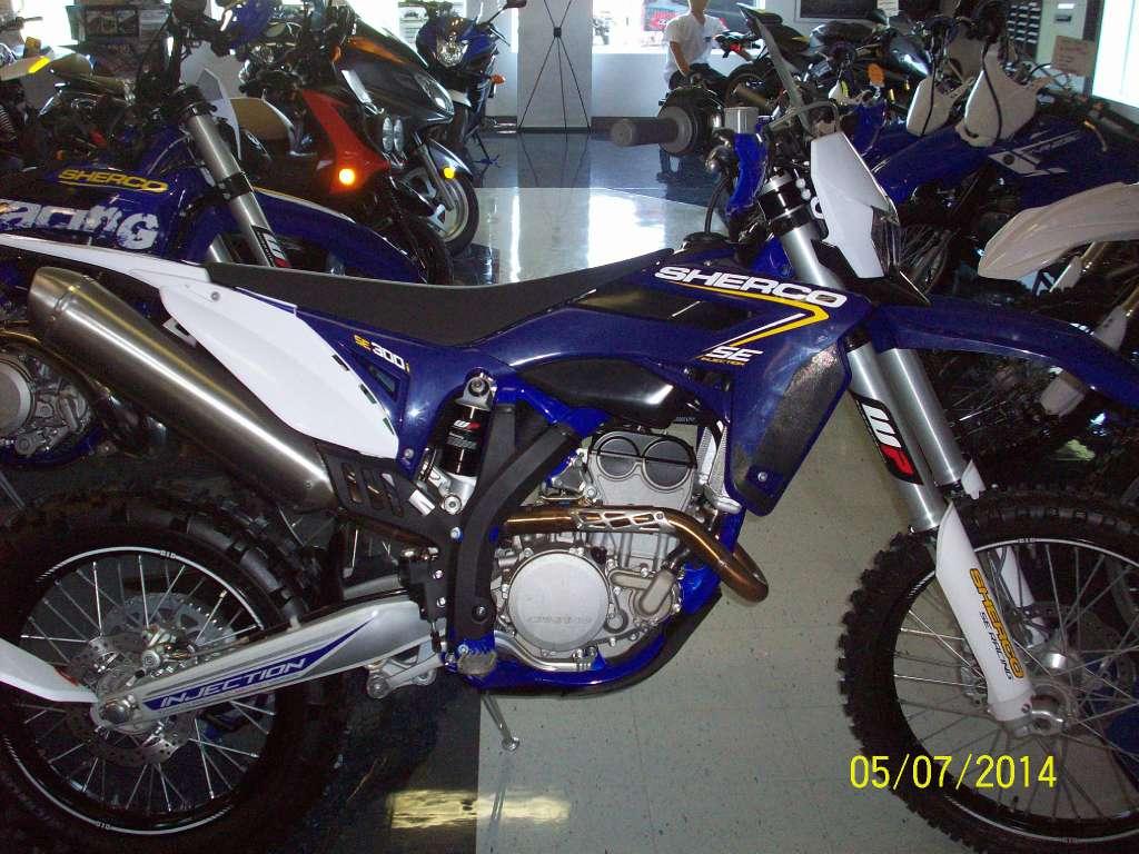 2013  SE 300i for sale 11243