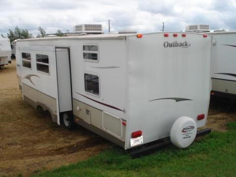 2008 Outback 30QBHS in Kieler, Wisconsin