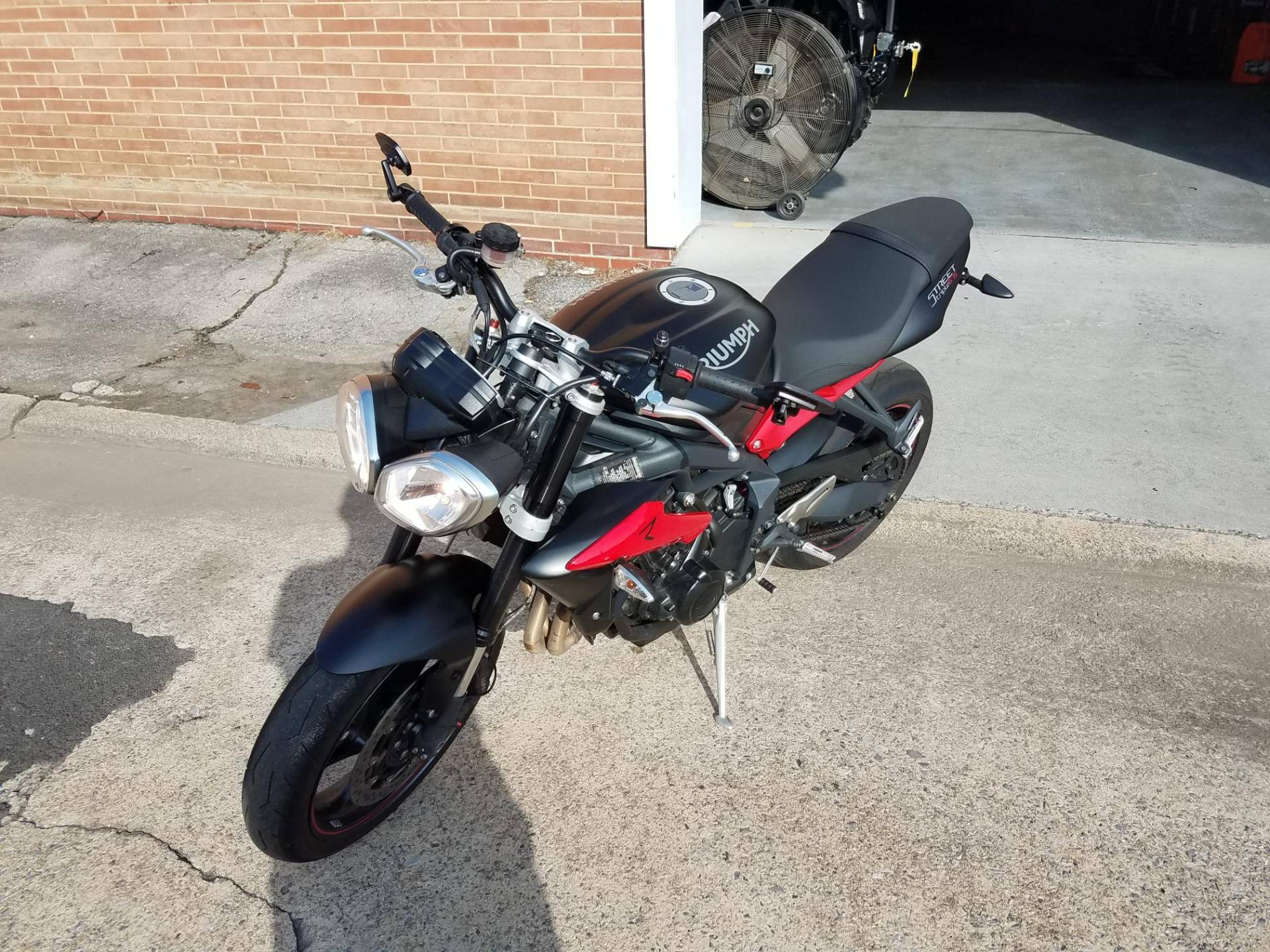 2015 Triumph Street Triple R ABS in Kingsport, Tennessee
