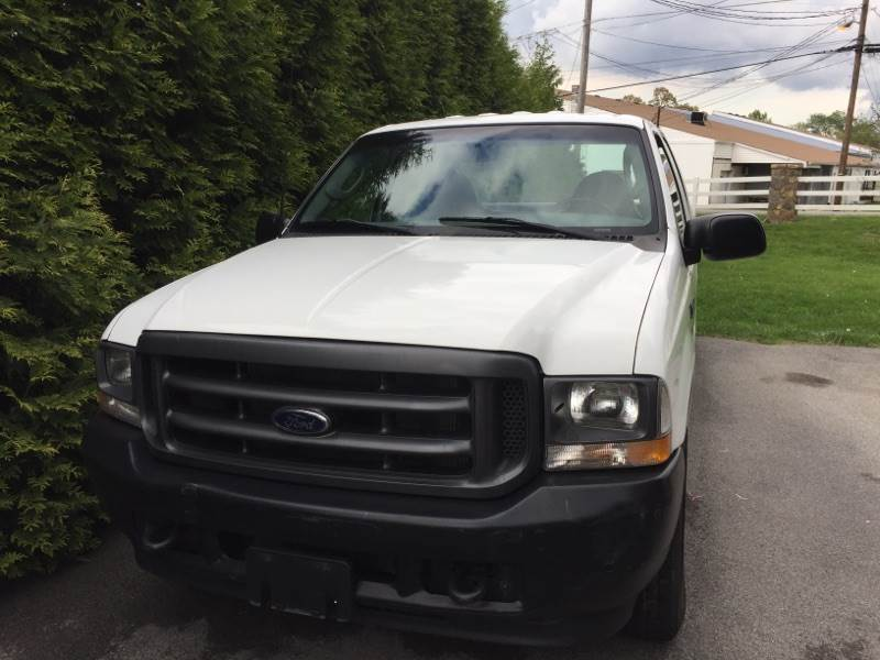 2003 Ford F-250 in Kingsport, Tennessee