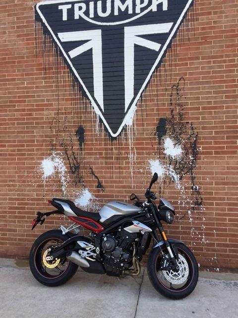 2018 Triumph Street Triple R Low in Kingsport, Tennessee