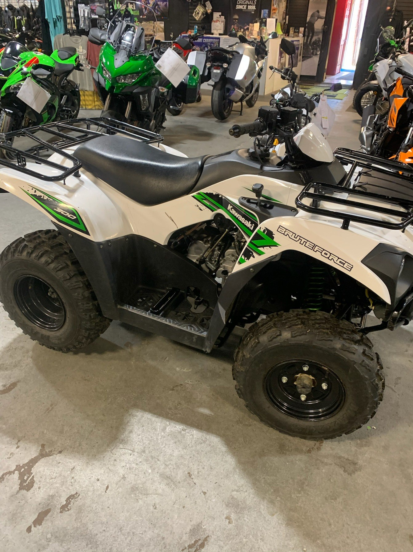 2018 Kawasaki BRUTE FORCE 300 in Kingsport, Tennessee - Photo 5