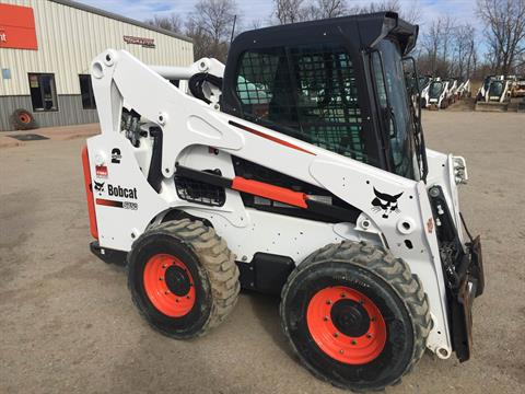 2015 Bobcat S750 in Dassel, Minnesota