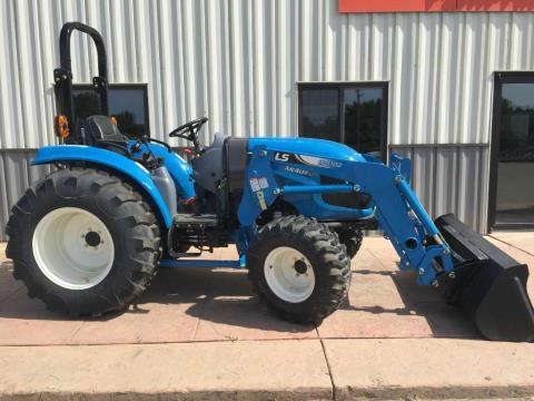 2015 LS Tractor XR4040H in Dassel, Minnesota