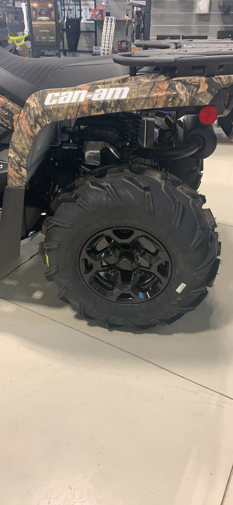 2020 Can-Am Outlander Mossy Oak Edition 450 in Laredo, Texas - Photo 2