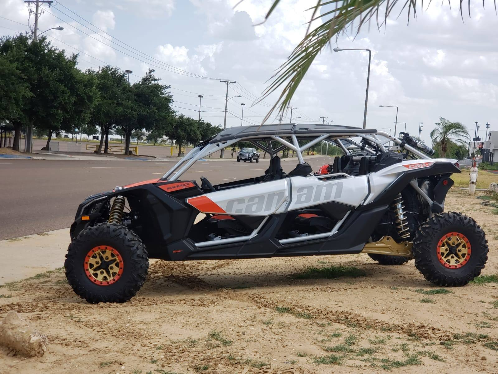 2019 Can-Am� Maverick X3 Max X rs Turbo R 1
