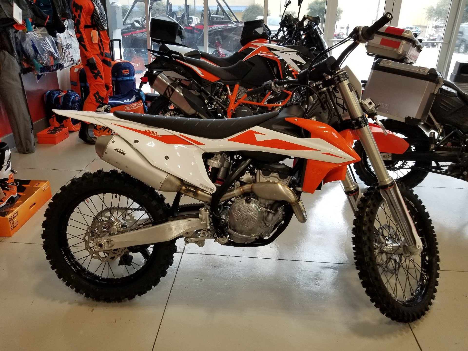 new 2019 ktm 250 sx f motorcycles in laredo tx orange. Black Bedroom Furniture Sets. Home Design Ideas