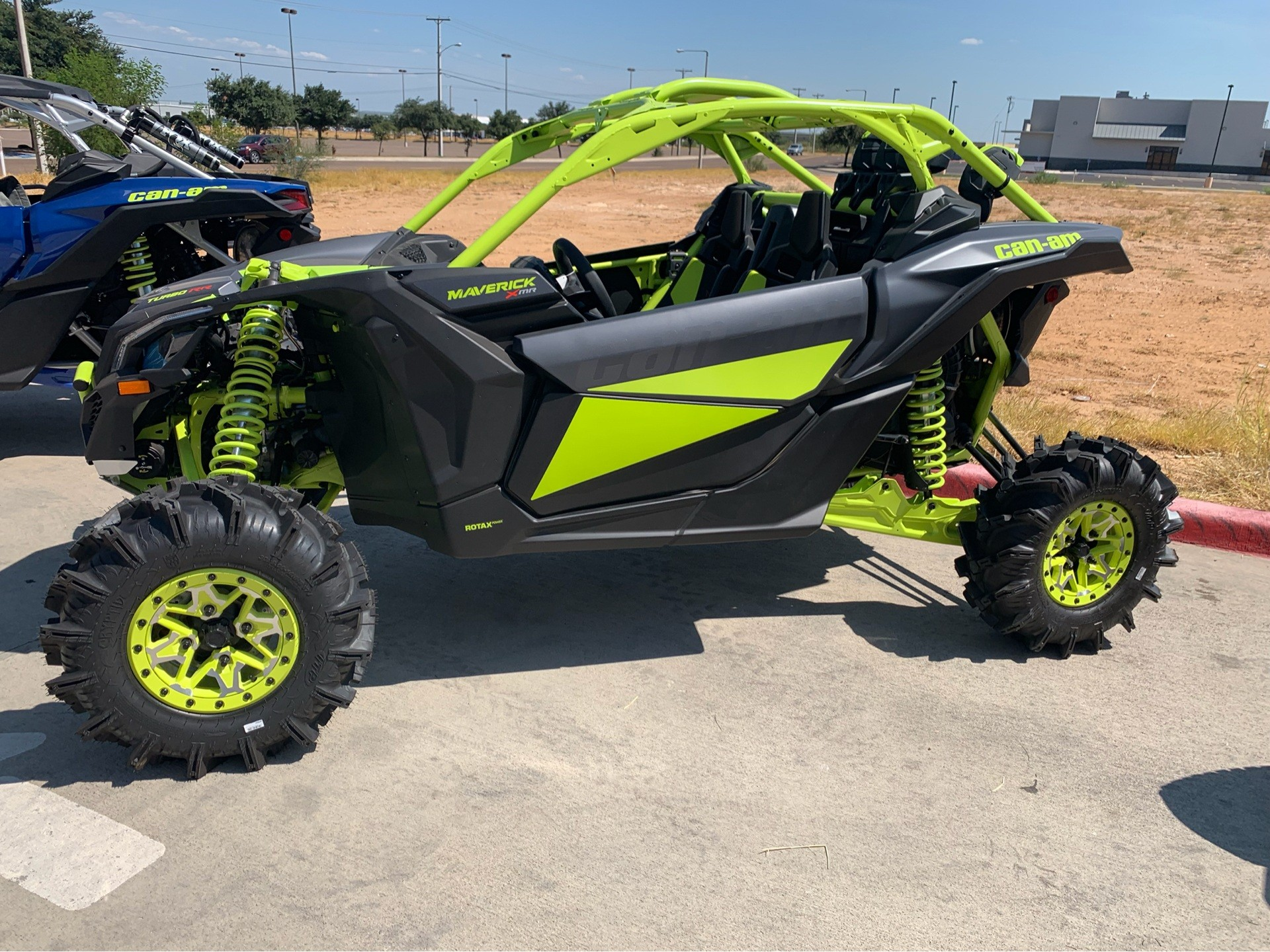 2020 Can-Am Maverick X3 X MR Turbo RR in Laredo, Texas - Photo 1