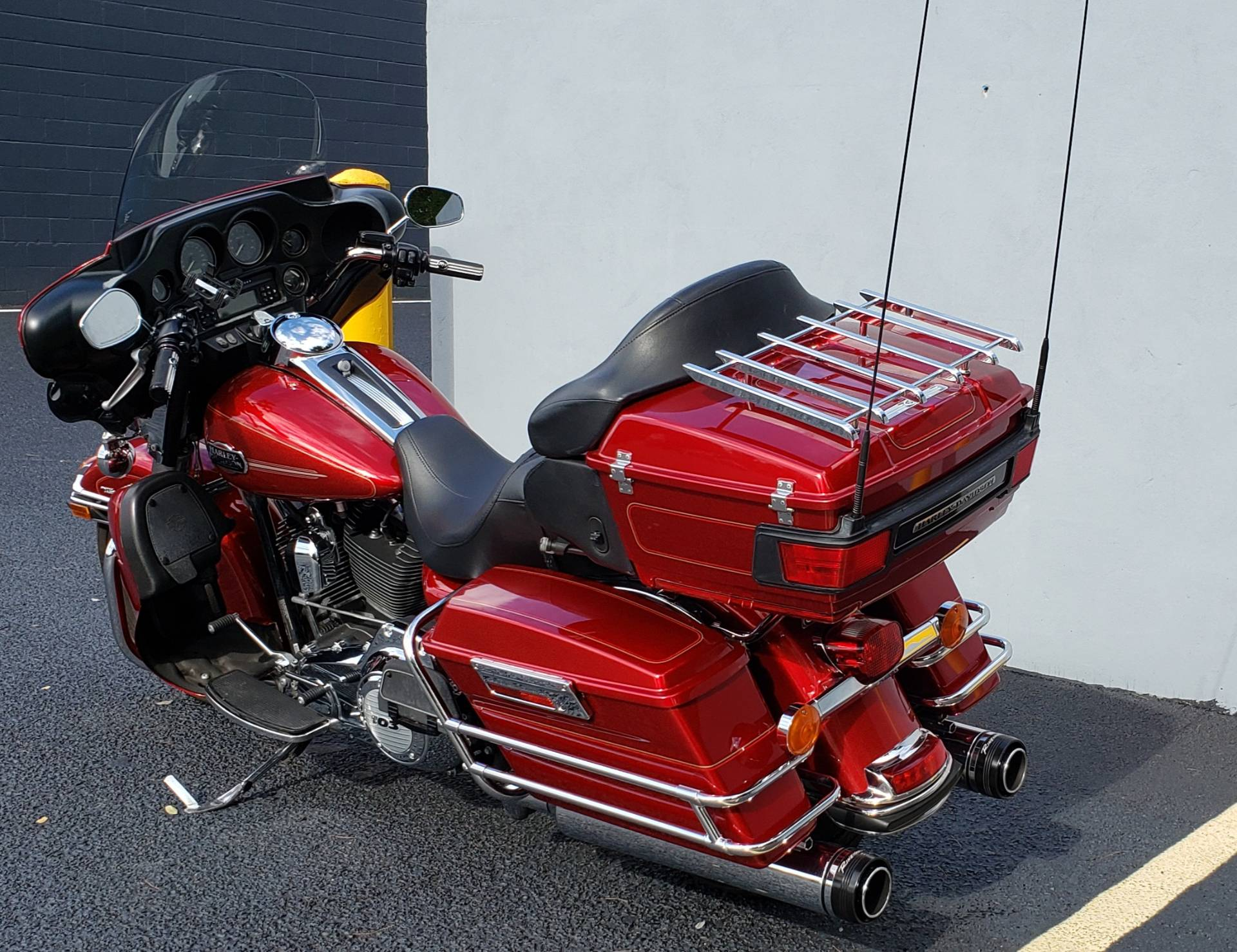 2012 Harley-Davidson Ultra Classic® Electra Glide® in West Long Branch, New Jersey - Photo 6