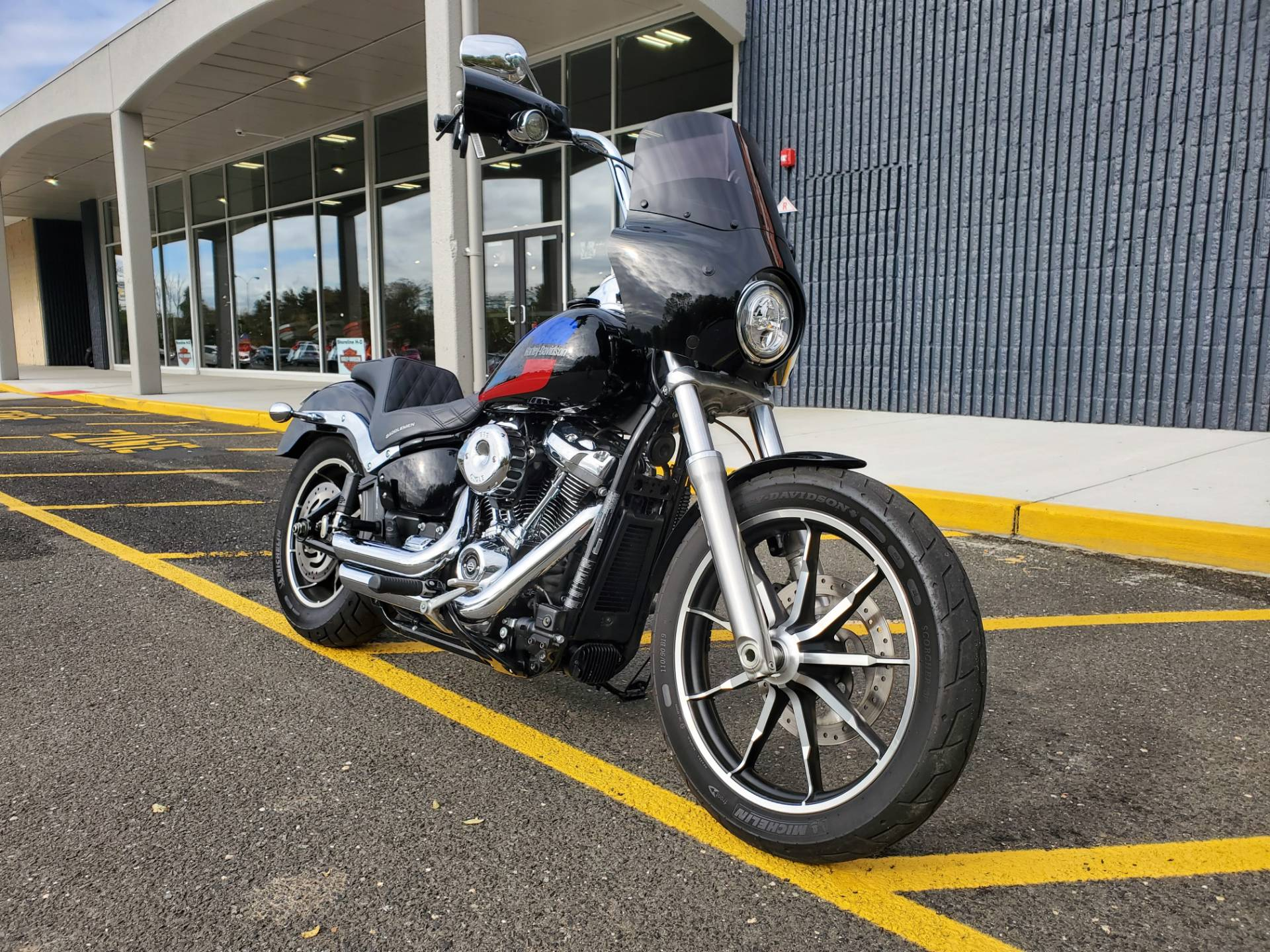 2018 Harley-Davidson Low Rider in West Long Branch, New Jersey - Photo 3