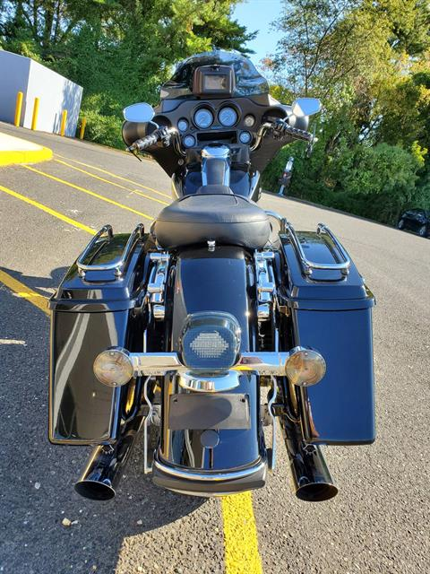 2009 Harley-Davidson Electra Glide Standard in West Long Branch, New Jersey - Photo 6