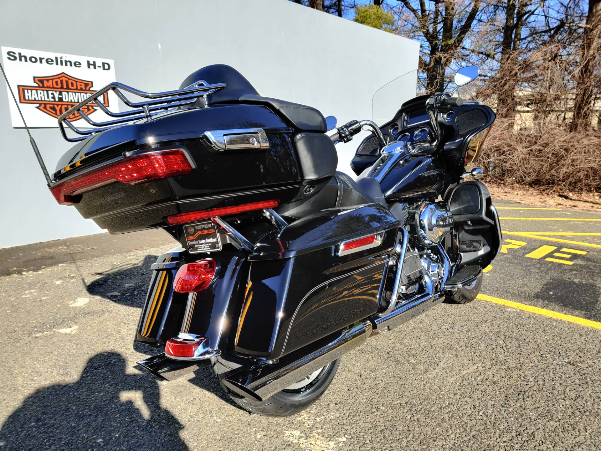 2016 Harley-Davidson Road Glide Ultra in West Long Branch, New Jersey - Photo 8