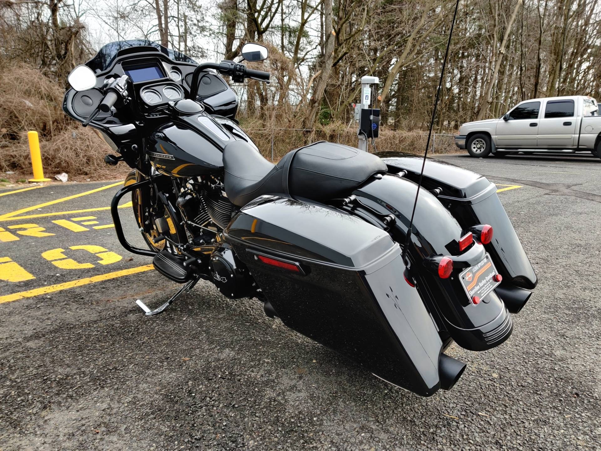 2019 Harley-Davidson Road Glide in West Long Branch, New Jersey - Photo 6