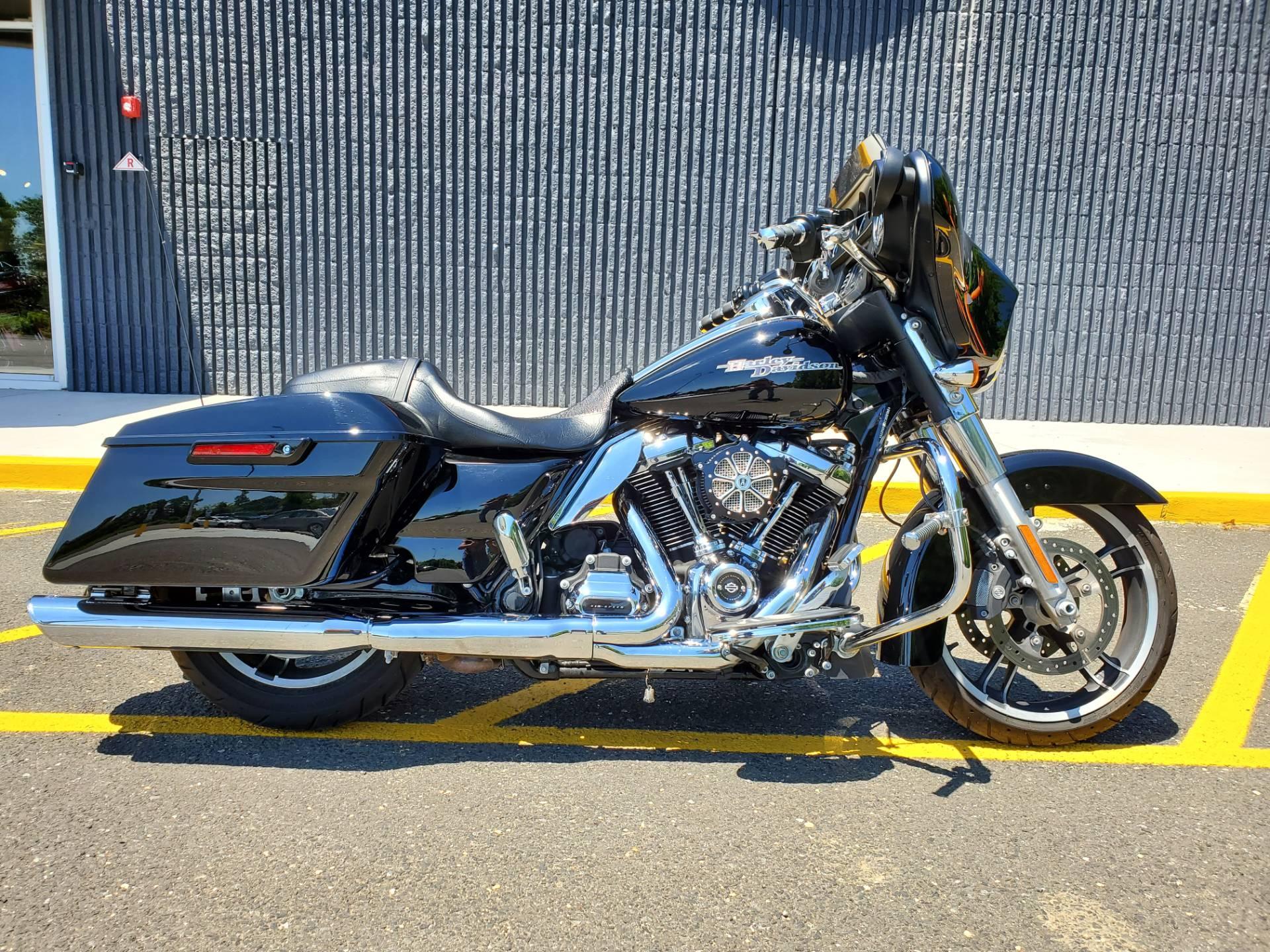 2017 Harley-Davidson Street Glide® in West Long Branch, New Jersey