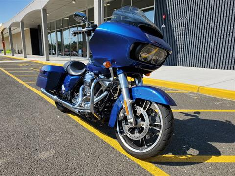 2015 Harley-Davidson FLTRXS in West Long Branch, New Jersey - Photo 3