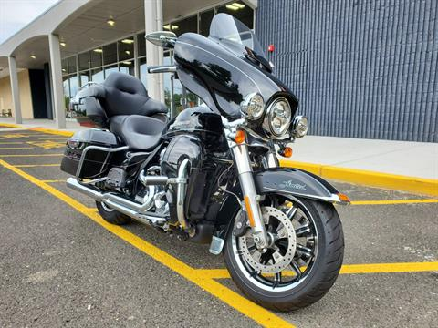 2017 Harley-Davidson Ultra Limited in West Long Branch, New Jersey - Photo 3