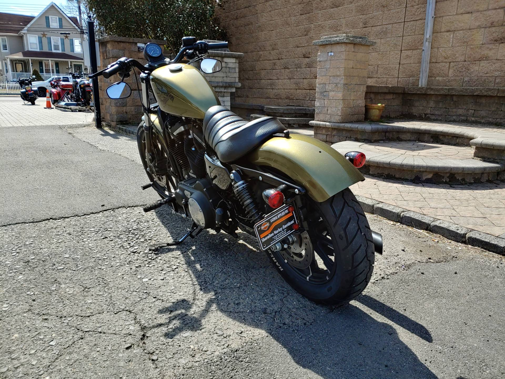 2016 Harley-Davidson Iron 883™ in West Long Branch, New Jersey - Photo 8
