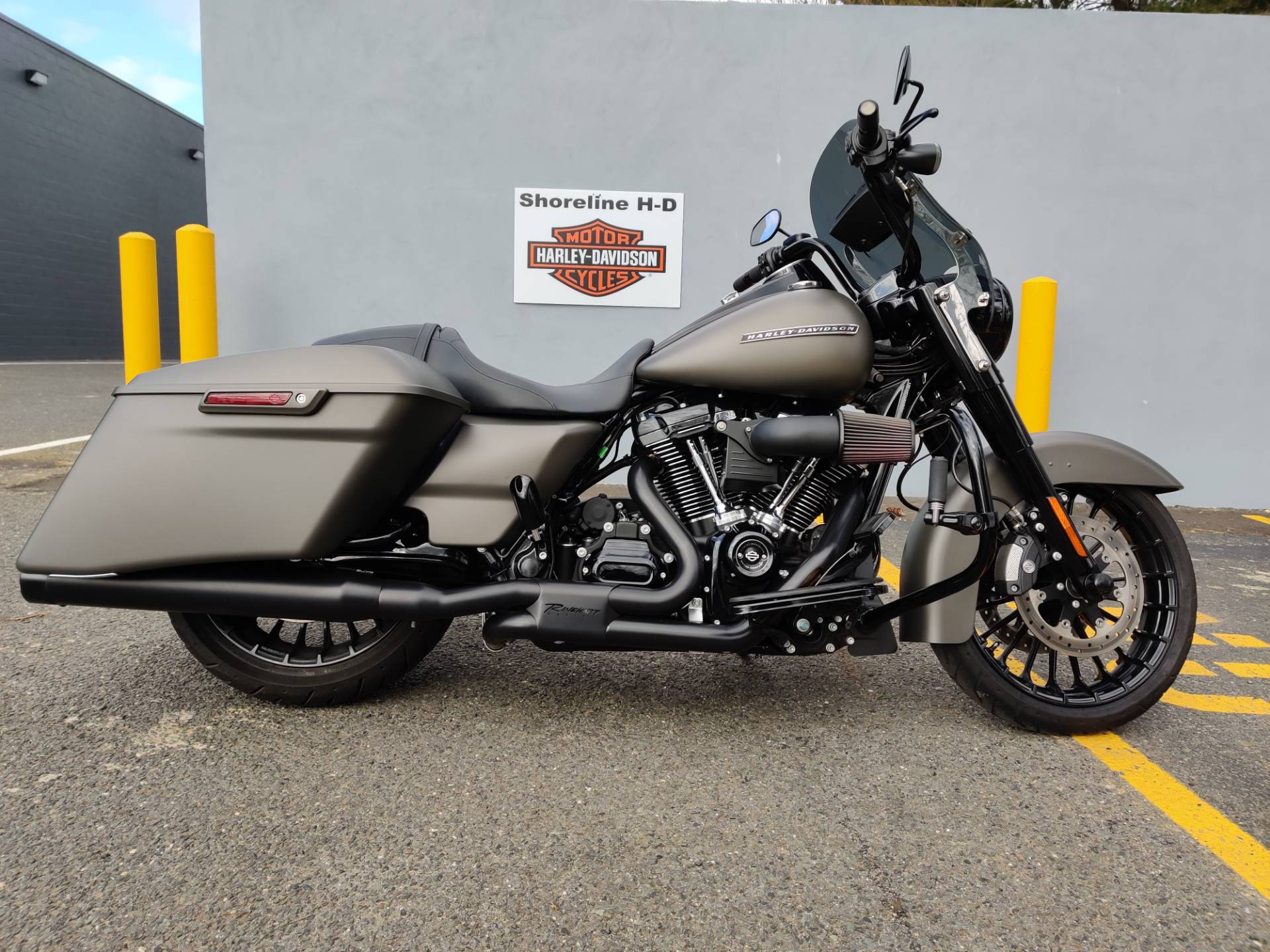 2018 Harley-Davidson Road King Special in West Long Branch, New Jersey - Photo 1
