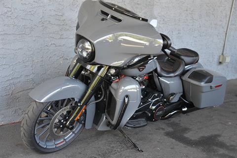 2018 Harley-Davidson CVO STREET GLIDE in Lakewood, New Jersey - Photo 13