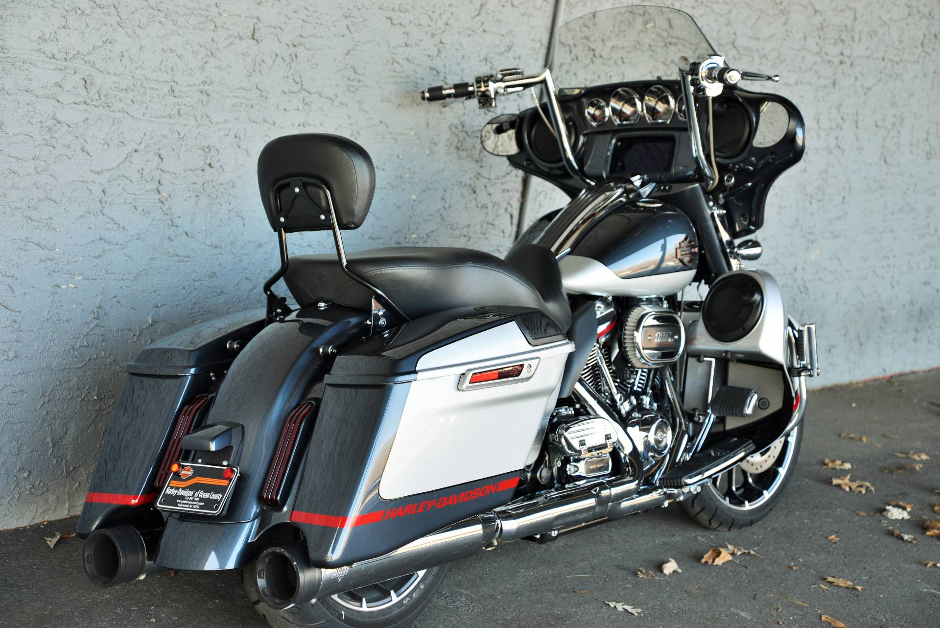 2019 Harley-Davidson CVO STREETGLIDE in Lakewood, New Jersey - Photo 3