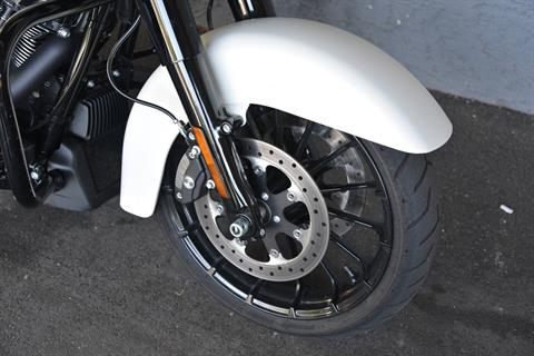 2018 Harley-Davidson STREET GLIDE SPECIAL in Lakewood, New Jersey - Photo 6