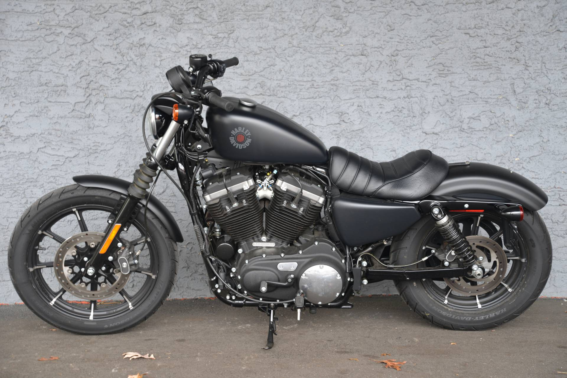 2019 Harley-Davidson IRON 883 in Lakewood, New Jersey - Photo 11