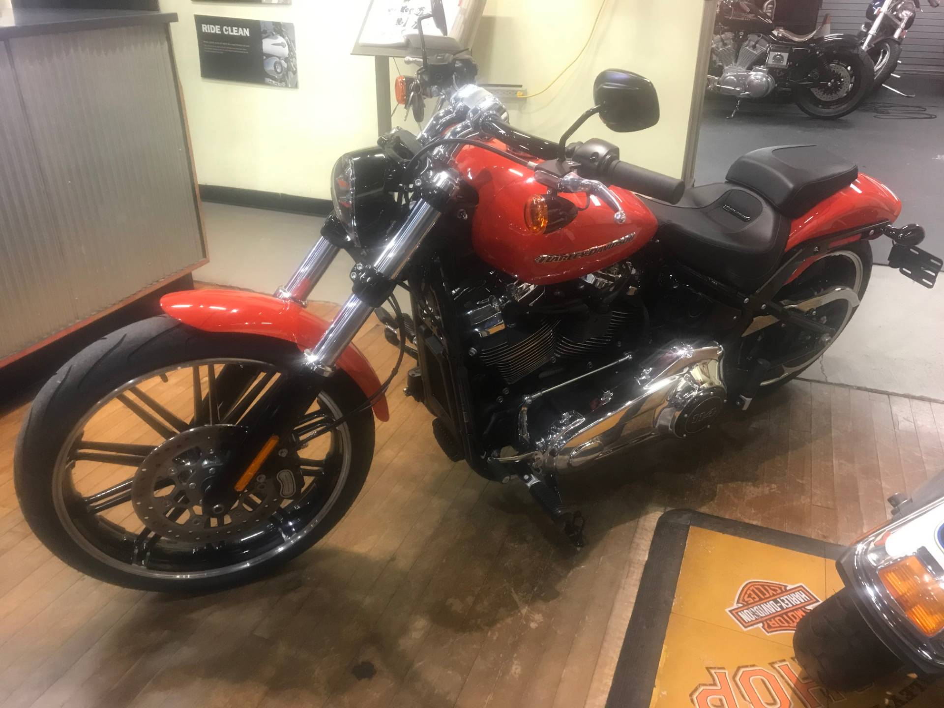 2020 Harley-Davidson BREAKOUT in Lakewood, New Jersey - Photo 2