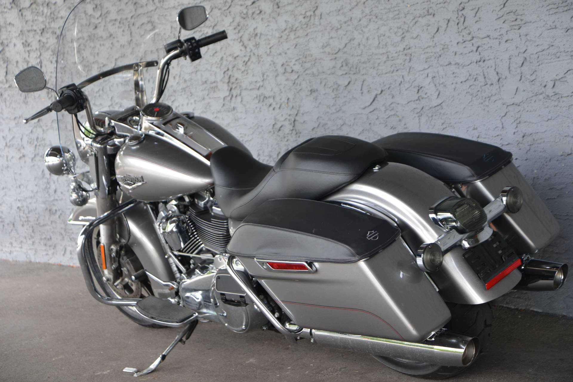 2017 Harley-Davidson ROAD KING in Lakewood, New Jersey - Photo 13
