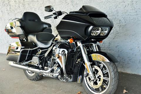 2017 Harley-Davidson ROADGLIDE ULTRA in Lakewood, New Jersey - Photo 2