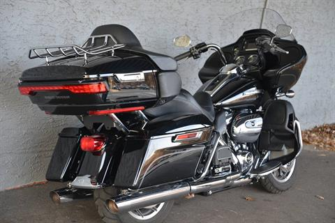2017 Harley-Davidson ROADGLIDE ULTRA in Lakewood, New Jersey - Photo 3