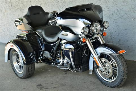 2019 Harley-Davidson TRI GLIDE ULTRA in Lakewood, New Jersey - Photo 2