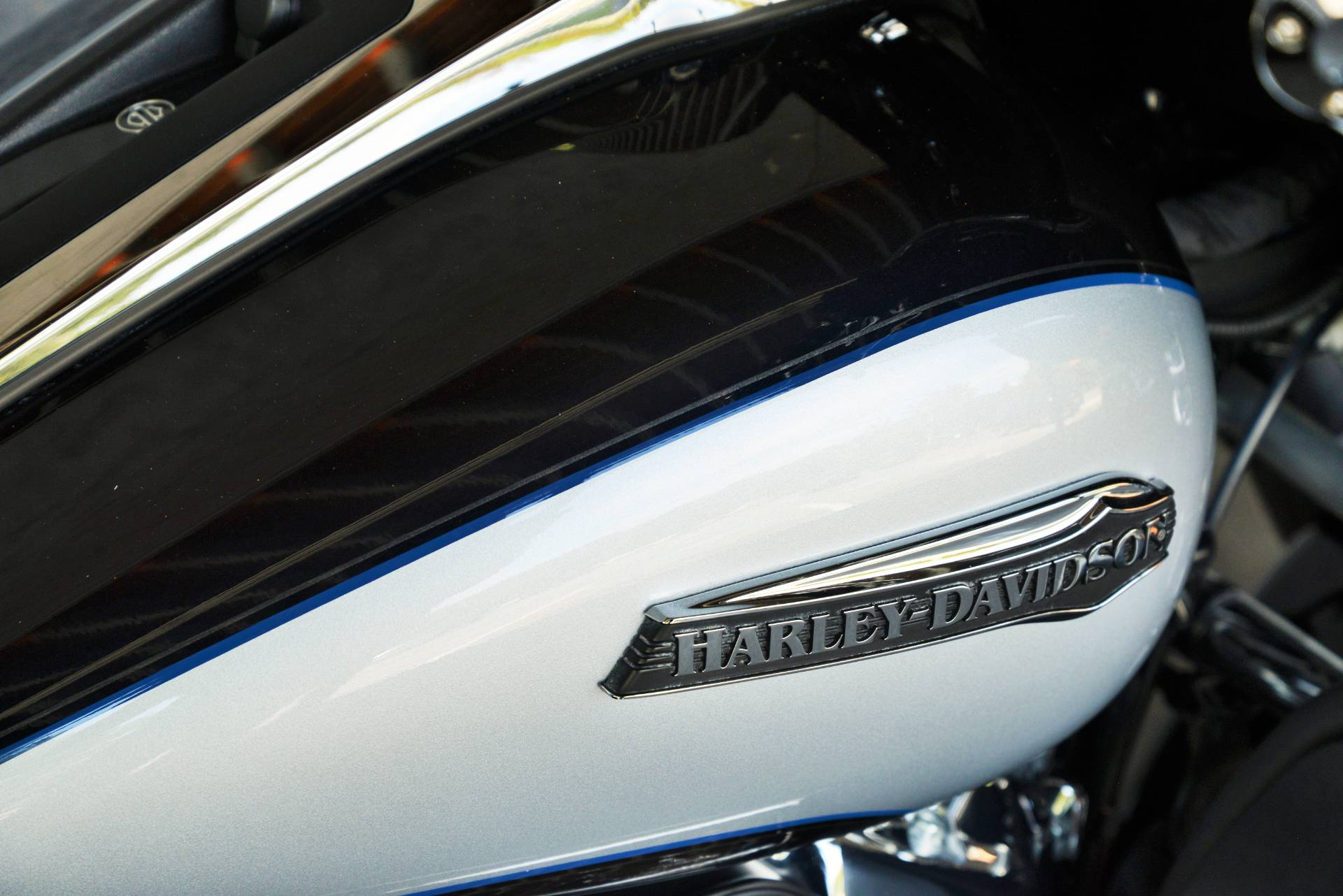 2019 Harley-Davidson TRI GLIDE ULTRA in Lakewood, New Jersey - Photo 4