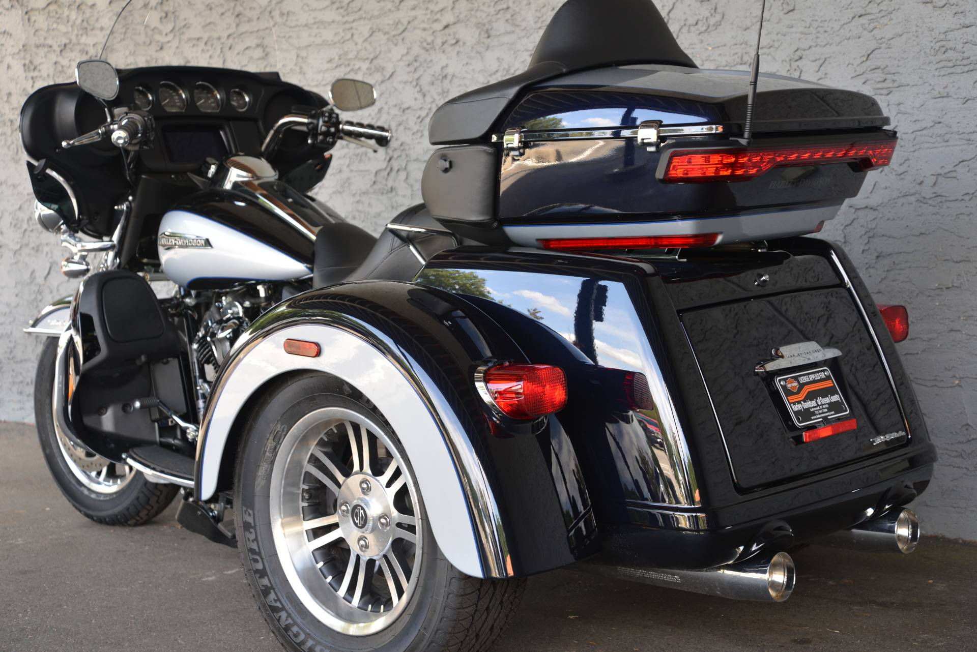 2019 Harley-Davidson TRI GLIDE ULTRA in Lakewood, New Jersey - Photo 14