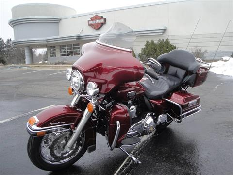 2010 Harley-Davidson Ultra Classic® Electra Glide® in Portage, Michigan - Photo 6