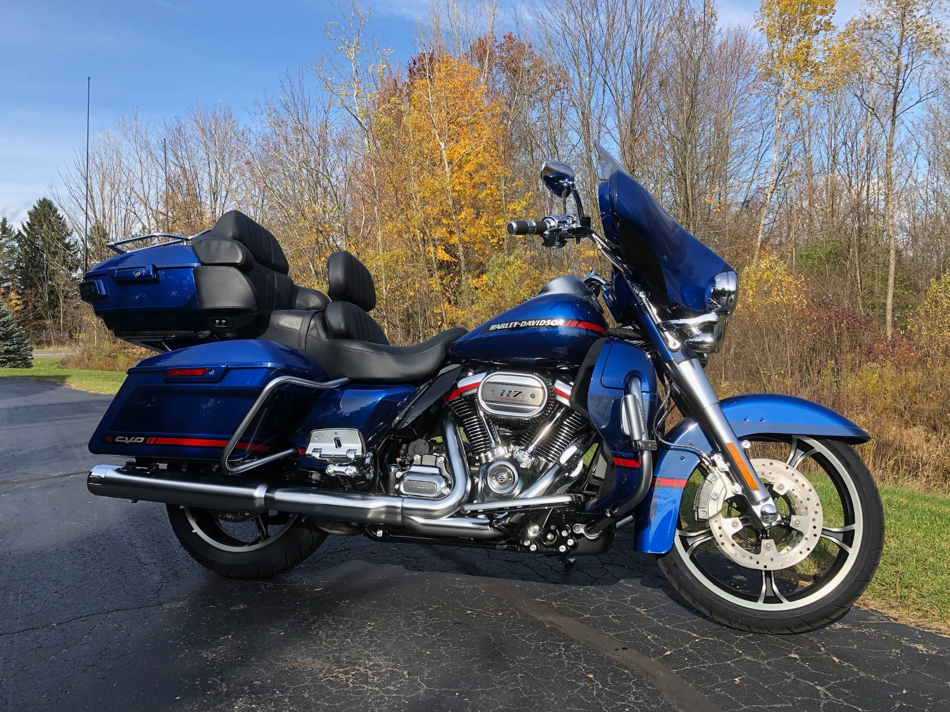 2020 Harley-Davidson CVO™ Limited in Portage, Michigan - Photo 3