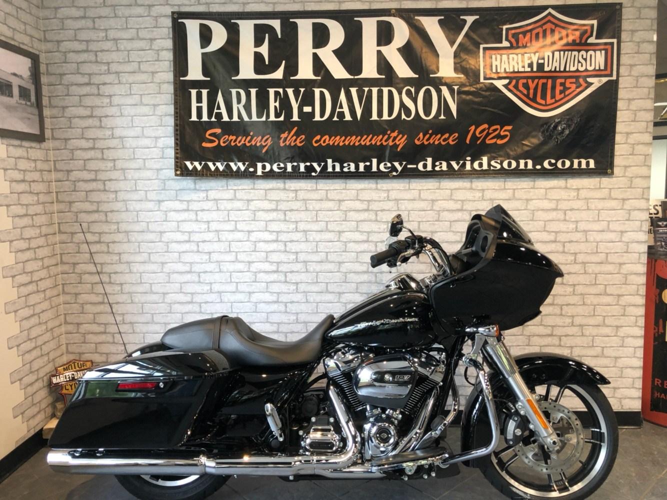 2019 Harley-Davidson Road Glide® in Portage, Michigan