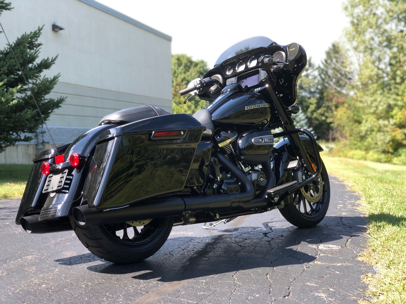 2019 Harley-Davidson Street Glide® Special in Portage, Michigan - Photo 10