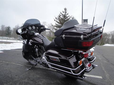 2006 Harley-Davidson Ultra Classic® Electra Glide® in Portage, Michigan - Photo 4